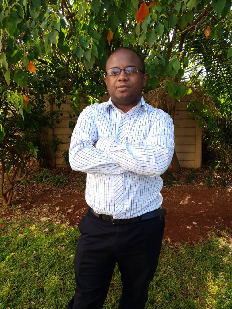 Wadeson Mupudzi, graduate
